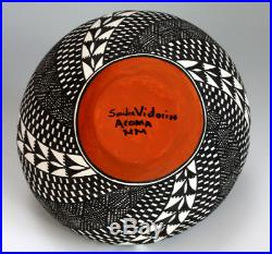 Acoma Pueblo Native American Indian Pottery Fine Line Vase Sandra Victorino