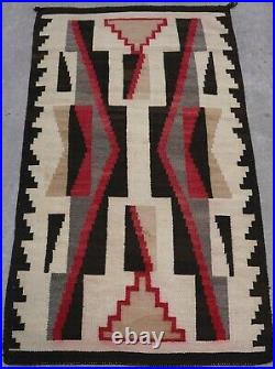 Antique Native American Indian Navajo Geometric 100% Wool Rug 3'2 x 5'6