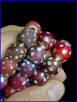 Collection Old Native American Dotted White Hearts Indian Trade Beads 1800s OR