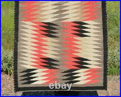 Old Navajo Indian Rug Serrated Eyedazzler Red White Grey Black Tan