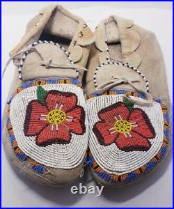 Vintage Authentic Beaded Moccasins Floral Native American Indian 9